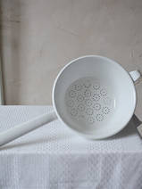 sieve with handle white 18 cm (0326-33)